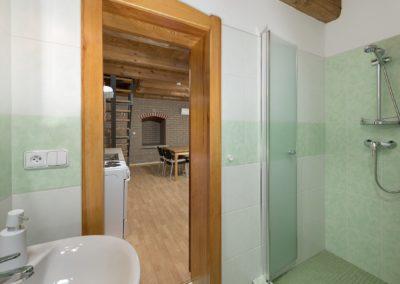 Jizerské hory ubytování penzion Solaris - apartmán č.5 koupelna
